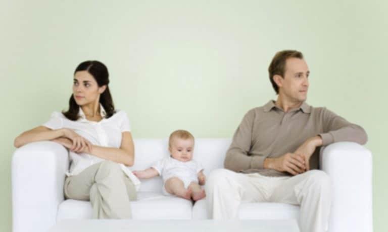 как установить отцовство через суд